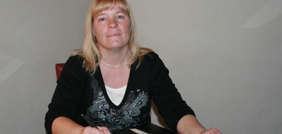 Julie Hodgson (May 2017)