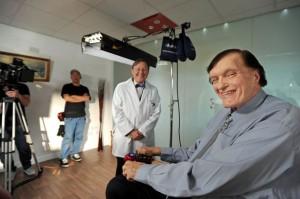 Palamedes PR devises a PR stunt with bite - Richard 'Jaws' Kiel filming the ad for EvoDental