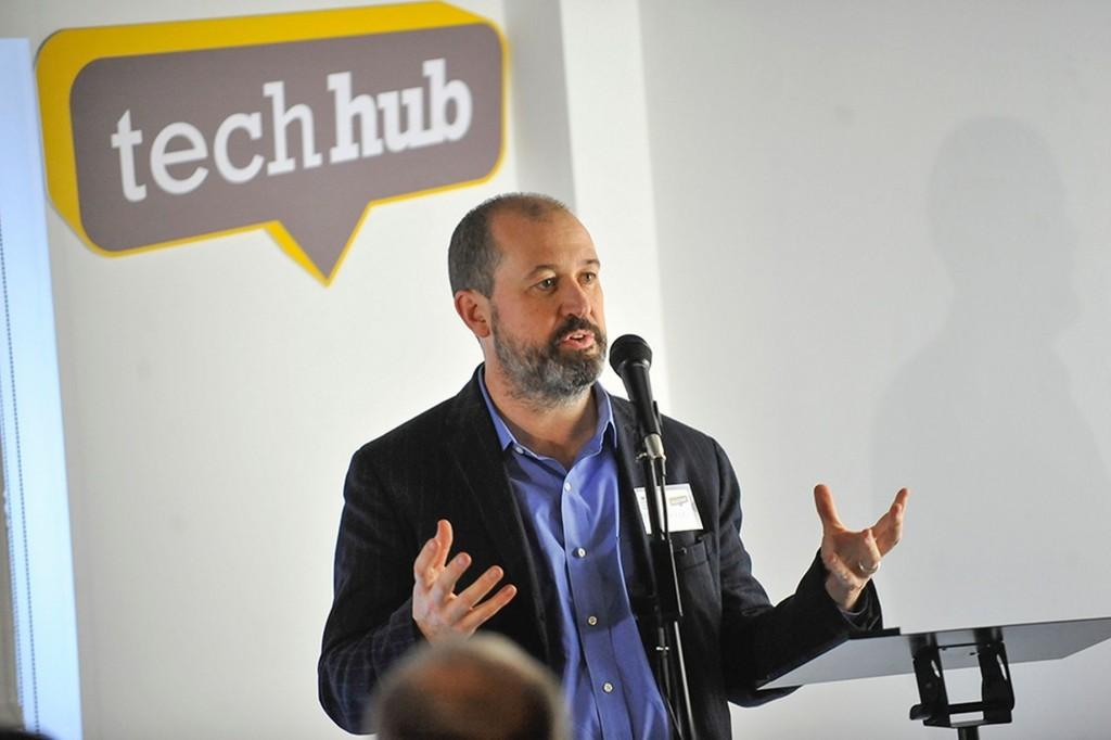 http://www.walesonline.co.uk/business/business-news/dvla-puts-faith-swansea-tech-8121322