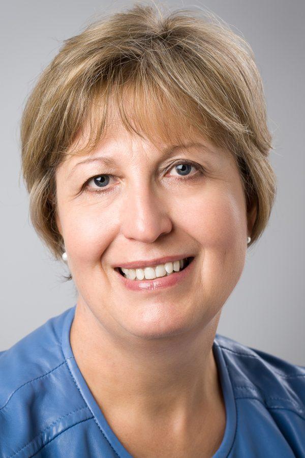 Dr Estrellita van Rensburg